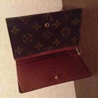 LOUIS VUITTON - 美品 本物 ルイ ヴィトン モノグラム 二つ折り財布