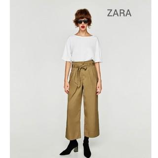ザラ(ZARA)の【新品】ZARA・リボンベルト付き タックワイドパンツ(カジュアルパンツ)