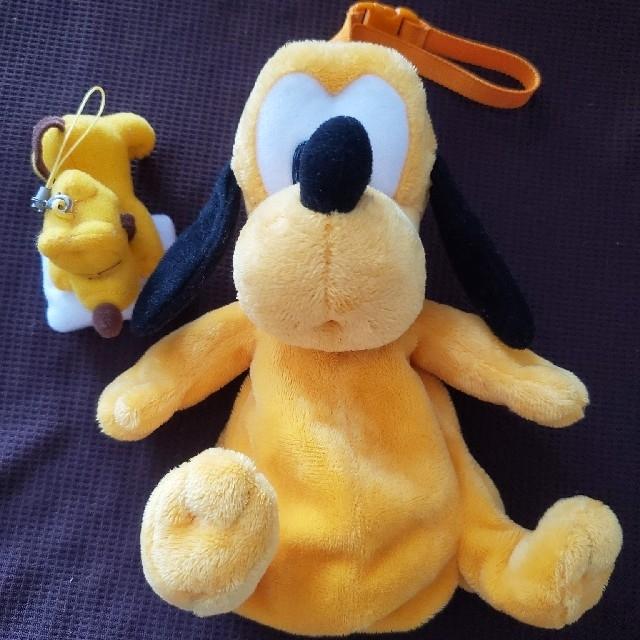 Disney(ディズニー)のプルート ポーチ&ストラップ エンタメ/ホビーのおもちゃ/ぬいぐるみ(キャラクターグッズ)の商品写真