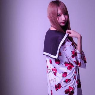 フーガ(FUGA)のTRAVAS TOKYO セーラー襟 いちご BIG カットソー(Tシャツ/カットソー(半袖/袖なし))