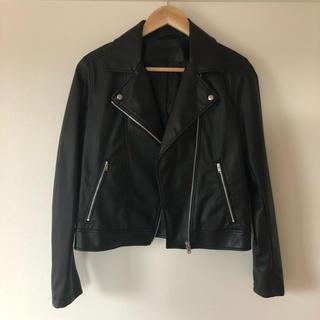 定価 5990円 UNIQLO ネオレザーライダースジャケット