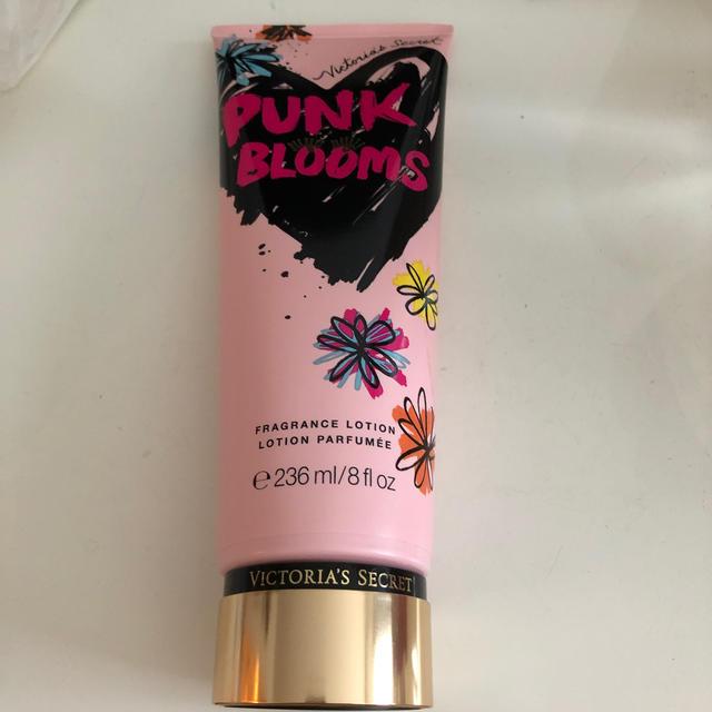 Victoria's Secret(ヴィクトリアズシークレット)の新品ビクトリアシークレット ボディクリーム コスメ/美容のボディケア(ボディクリーム)の商品写真