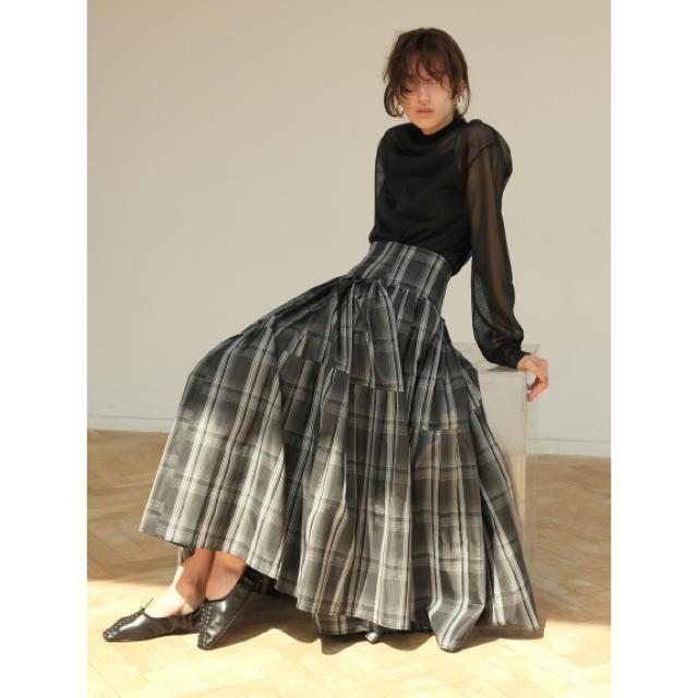 FRAY I.D(フレイアイディー)のプリーツタックタフタスカート レディースのスカート(ロングスカート)の商品写真