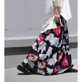 アンティカ(antiqua)のアンティカ レトロ花柄ロングスカート ネイビー(ロングスカート)