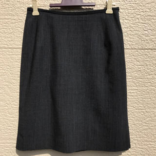 ニジュウサンク(23区)の美品 23区 スカート グレー 34(ひざ丈スカート)