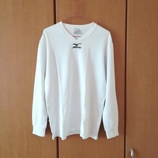 ミズノ(MIZUNO)のロゴ入りVネックTシャツ(Tシャツ(長袖/七分))