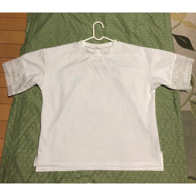 GU(ジーユー)のレース付きTシャツ レディースのトップス(Tシャツ(長袖/七分))の商品写真