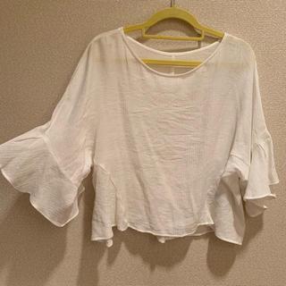 ジーユー(GU)のGU フリルスリーブトップス S(シャツ/ブラウス(半袖/袖なし))