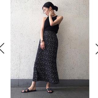 snidel - 【新品タグ付き】 BLK  バリエーションプリントロングスカート