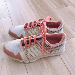 アディダスバイステラマッカートニー(adidas by Stella McCartney)のアディダス ステラマッカートニー ランニングシューズ(スニーカー)
