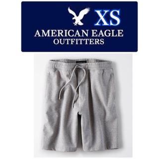 アメリカンイーグル(American Eagle)の【新品】アメリカンイーグル★スウェット★ショートパンツ★グレー★XSサイズ(ショートパンツ)