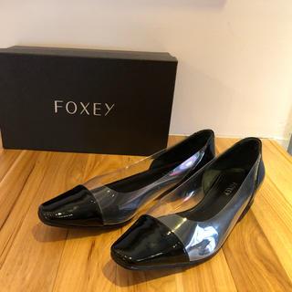 フォクシー(FOXEY)のFOXEY 黒×クリア 定番シューズ 37 美品(ハイヒール/パンプス)