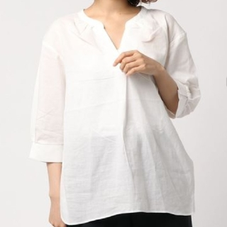 イッカ(ikka)のバックリボンチュニック ホワイト五分袖(シャツ/ブラウス(長袖/七分))