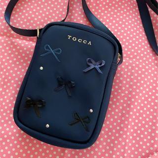 トッカ(TOCCA)のトッカ バンビーニ🎀リボンミニショルダー ネイビー(ポシェット)