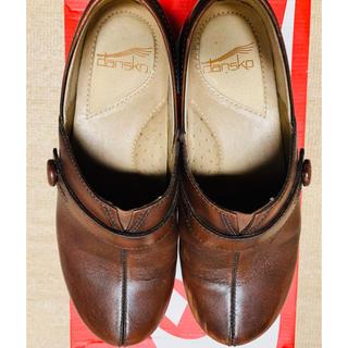 ダンスコ(dansko)のdansko 革靴 サボサンダル ブラウン(ローファー/革靴)