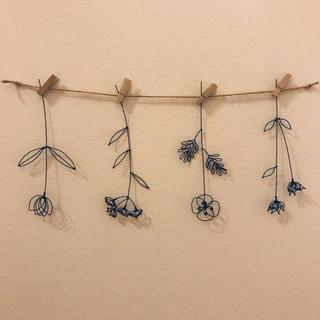 お花のガーランド ☆ ワイヤークラフト  ハンドメイド(インテリア雑貨)