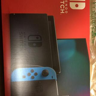 ニンテンドースイッチ(Nintendo Switch)のニンテンドースイッチ新型新品未開封(家庭用ゲーム機本体)