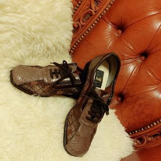 高級 レディースシューズ 新宿屋 フラワー レース トカゲ 革靴(ローファー/革靴)