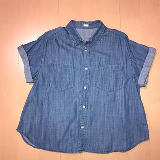 ジーユー(GU)の【G U】デニムシャツ(シャツ/ブラウス(半袖/袖なし))