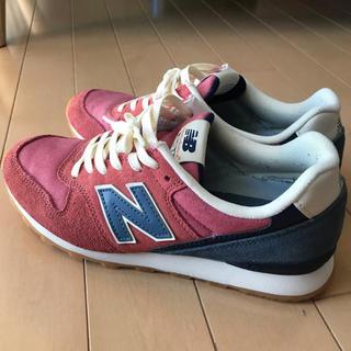 ニューバランス(New Balance)のNEW BALANCE WR996PYA (ピンク青 ニューバランス)(スニーカー)