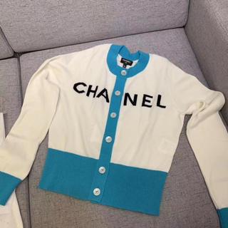 シャネル(CHANEL)の最新作新品❣️入手困難❣️正規CHANELカーディガン34(カーディガン)