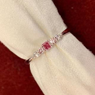 ピンクダイヤモンド リング Fancy vivid purplish pink(リング(指輪))