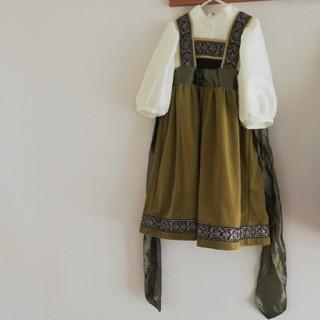 キャサリンコテージ(Catherine Cottage)の子供の頃のアナ風(アナと雪の女王) コスチューム(衣装一式)