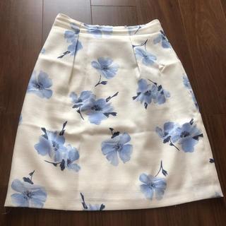 アストリアオディール(ASTORIA ODIER)の花柄タイトスカート(ひざ丈スカート)
