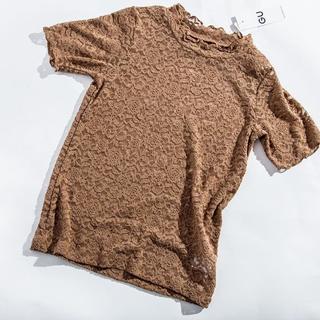 ジーユー(GU)のレースフリルネックt(シャツ/ブラウス(半袖/袖なし))