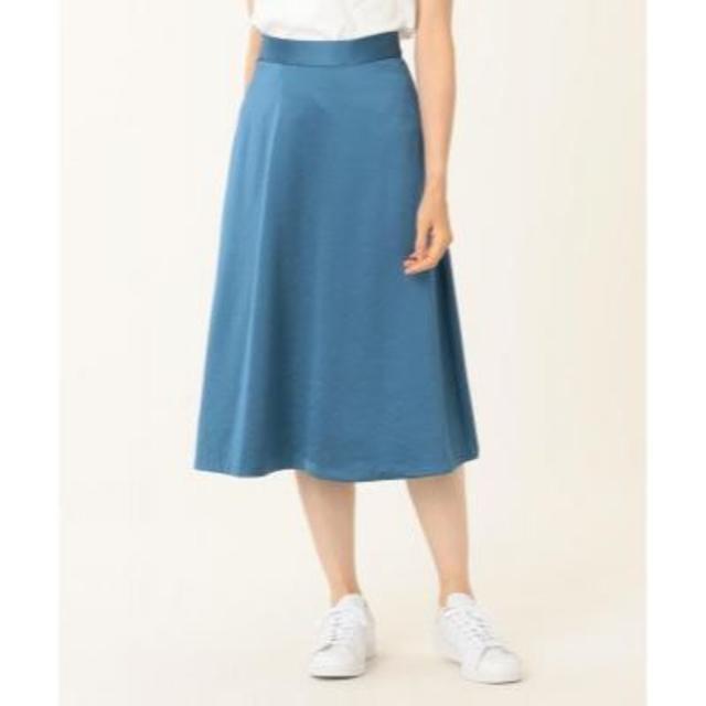 Stola.(ストラ)のstola  サテン風膝下フレアスカート ブルー 38 レディースのスカート(ひざ丈スカート)の商品写真
