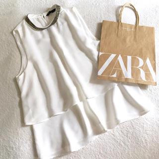 ザラ(ZARA)のXS 新品未使用ZARAノースリーブ2段フレアトップス(カットソー(半袖/袖なし))
