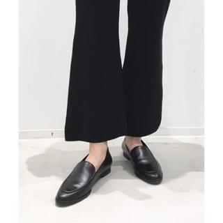 アパルトモンドゥーズィエムクラス(L'Appartement DEUXIEME CLASSE)の【FLATTERED/フラッタード】FLAT SHOES(ローファー/革靴)
