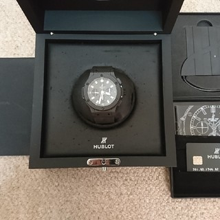 ウブロ(HUBLOT)のHUBLOT ビッグバン オールカーボン 301.QX.1740.RX(腕時計(アナログ))
