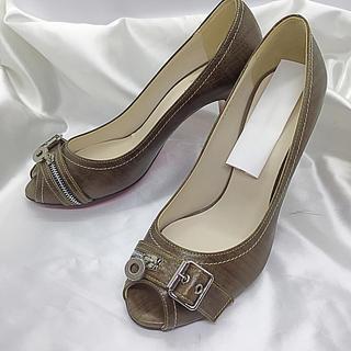 日本未発売‼️高級靴‼️ヤギ革 パンプス ハイヒール ダイアナ ルブタン好きな方(ハイヒール/パンプス)