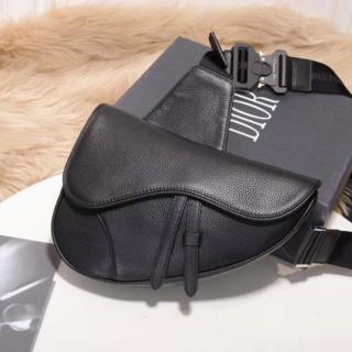 ディオール(Dior)のDIOR HOMME Saddle ディオール サドルバッグ メンズ(ショルダーバッグ)