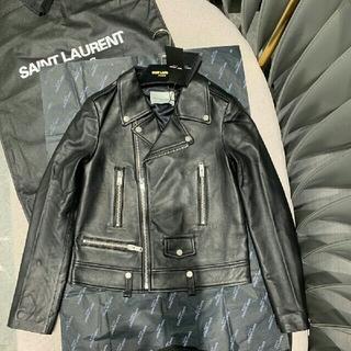 サンローラン(Saint Laurent)の美品!サンローラン SAINT LAURENT レザージャケット  ブラック(ノーカラージャケット)