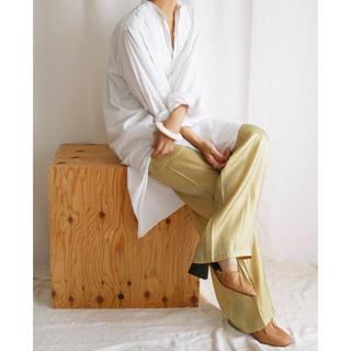 トゥデイフル(TODAYFUL)の【未使用】aere/ satin pants (その他)