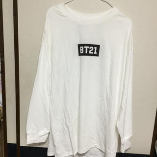 しまむら - BT21長袖Tシャツ LLサイズ白 裏面キャラクター
