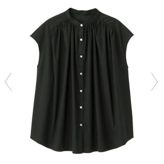 ジーユー(GU)のGU ボリュームギャザーブラウス 黒 Sサイズ(シャツ/ブラウス(半袖/袖なし))