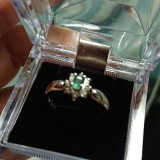 エメラルドの指輪(silver925)(リング(指輪))