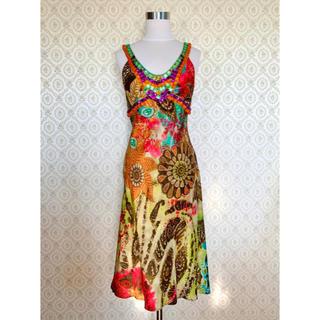 エトロ(ETRO)の新品 定価20万円 ETRO エトロ ビジュー シルク ワンピース ドレス(ひざ丈ワンピース)