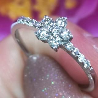 キラキラフラワー♡天然ダイヤモンドの小花リングK18WG(リング(指輪))