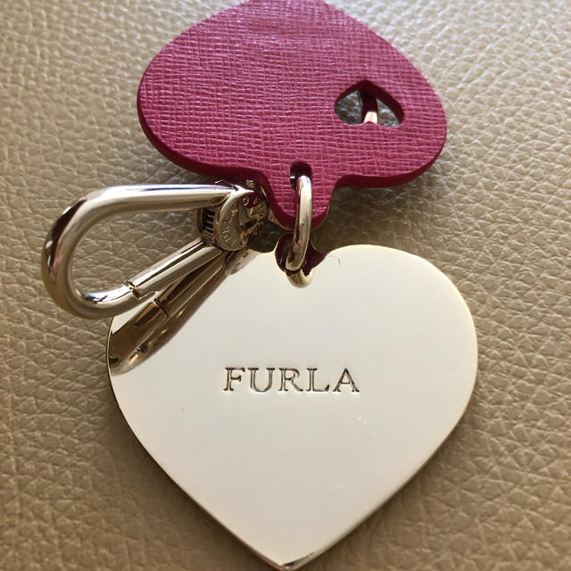 Furla(フルラ)のFURLA キーホルダー レッド レディースのファッション小物(キーホルダー)の商品写真