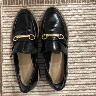 マーキュリーデュオ(MERCURYDUO)のチャーム付き靴(ローファー/革靴)