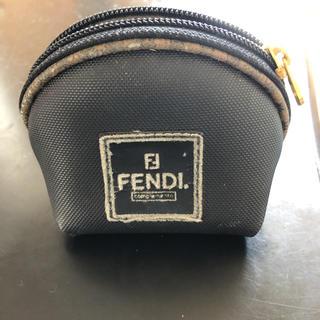 フェンディ(FENDI)のFENDIポーチ(ポーチ)