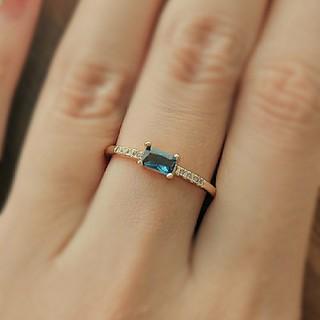 ブルーサファイア*スクエアリング    NOJESS、4℃好きに(リング(指輪))