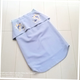 ファーファー(fur fur)のファーファー❀ペプラム刺繍スカート(ひざ丈スカート)