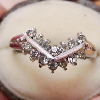 即購入OK●V021クリアストーンのV字ヴィンテージリング指輪(リング(指輪))
