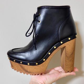 エイチアンドエム(H&M)のブーツ ヒール H&M 安定し歩きやすい 脚長(ブーツ)