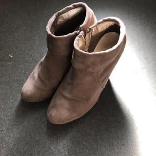 フォーエバートゥエンティーワン(FOREVER 21)のフォーエバー21 ショートブーツ(ブーツ)